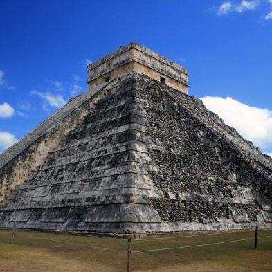 Mayan-Pyramid-Mexico-Travel.jpg