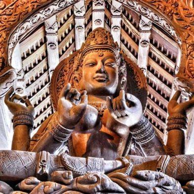 Sitting-statue-Sanctuary-of-Truth.jpg